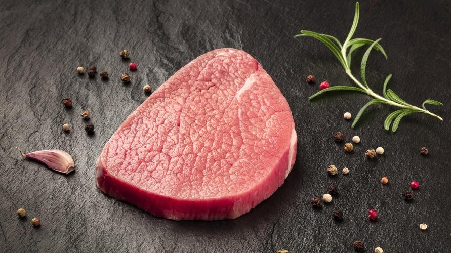 Daging mentah mengandung virus dan bakteri yang bisa berbahaya bagi janin