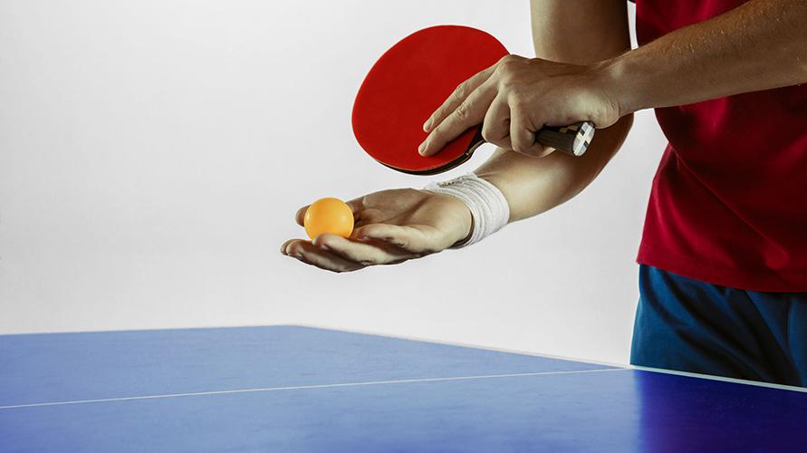 Tenis meja adalah contoh permainan bola kecil