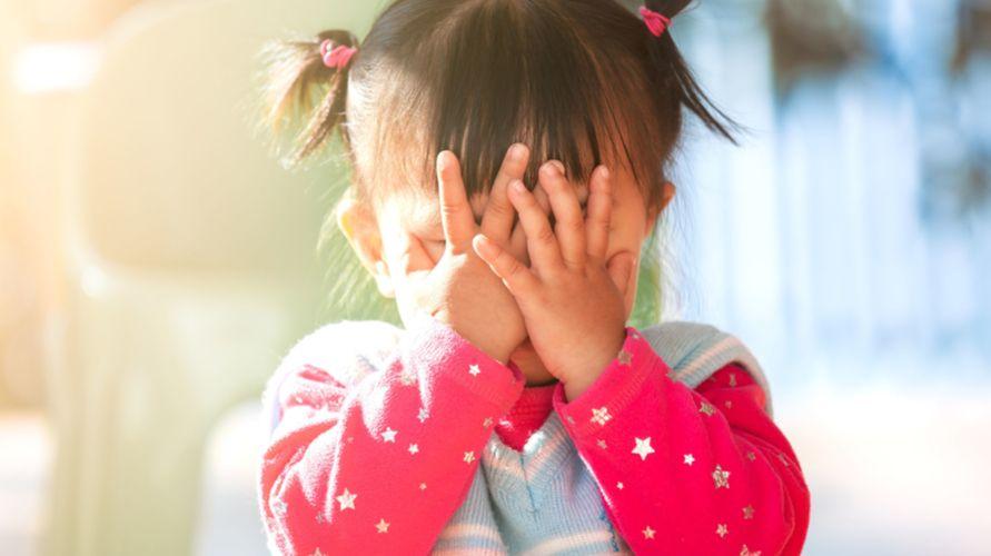 Orangtua membutuhkan kesabaran untuk menghadapi anak pemalu