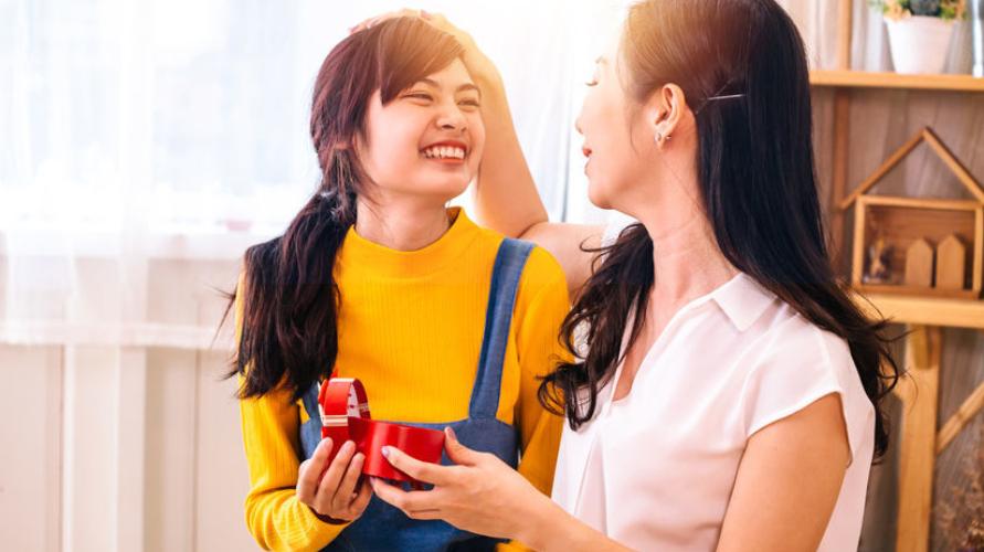 anak remaja dan ibu