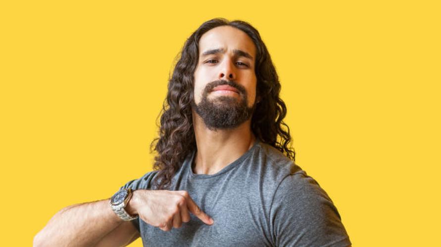 Berhenti merokok adalah cara memanjangkan rambut pria dengan cepat yang harus dicoba