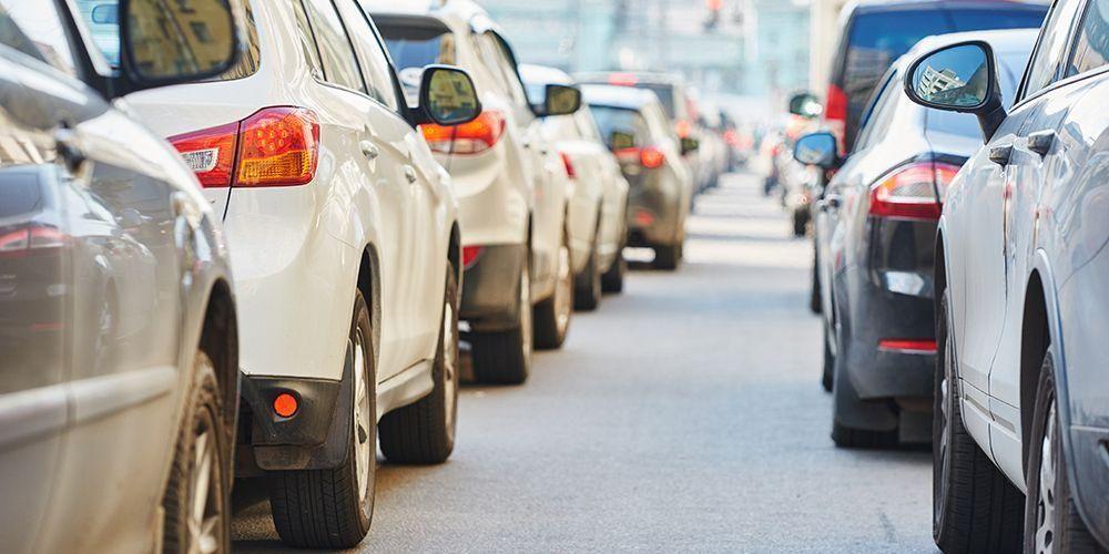 Pencemaran suara bisa timbul dari suara kendaraan bermotor