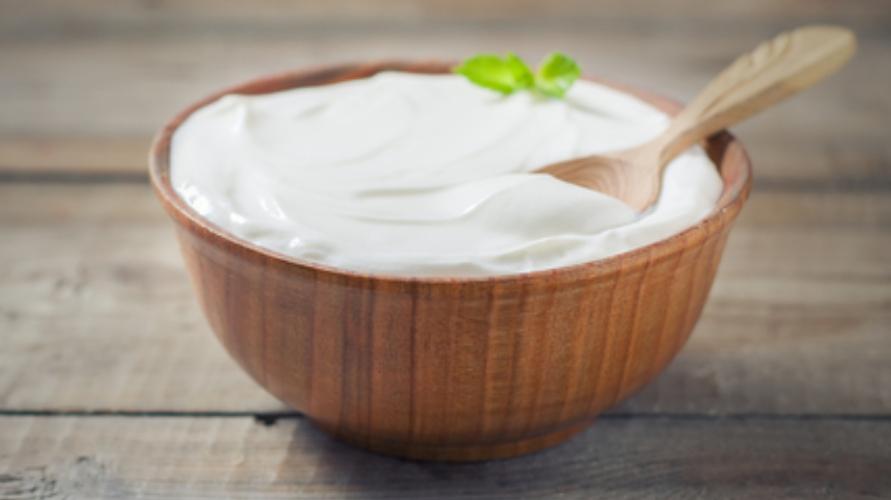 Greek yogurt adalah salah satu makanan yang bikin kenyang