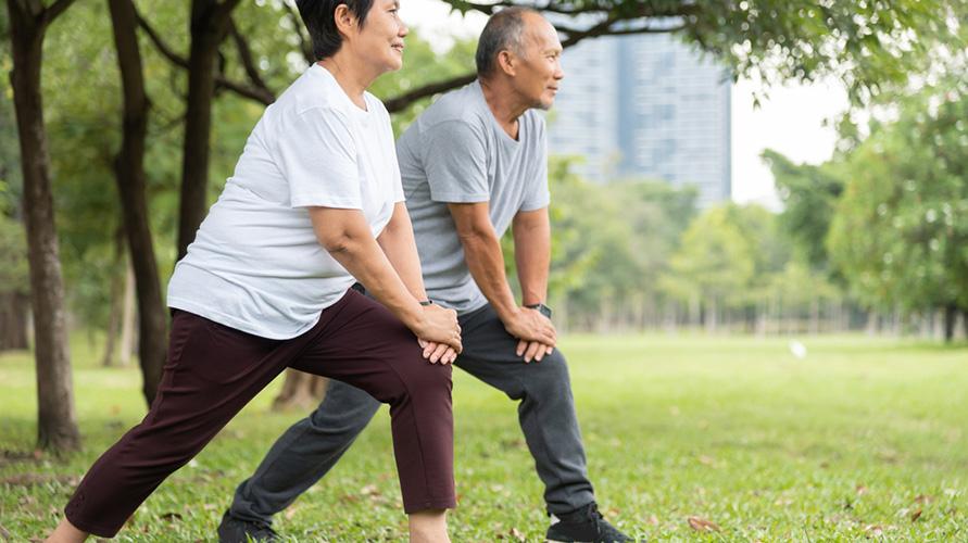 Menjaga lansia tetap aktif dapat membantu mengatasi sindrom kerapuhan
