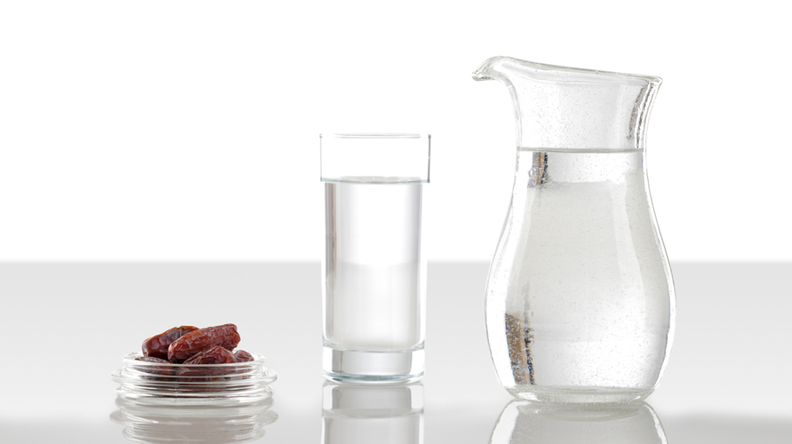 buka puasa dengan air putih