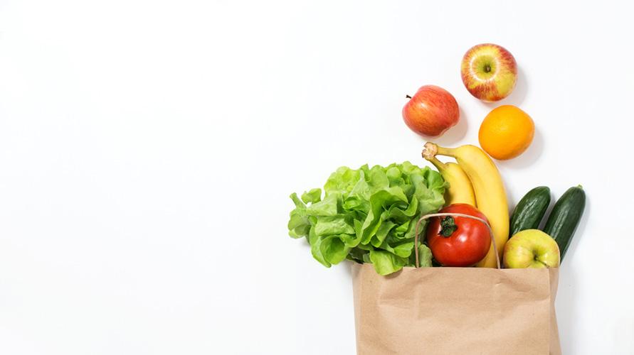 Selain timun, makan sayur dan buah sangat dianjurkan saat menstruasi