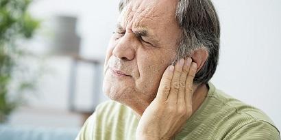 pertambahan usia menyebabkan pendengaran menurun