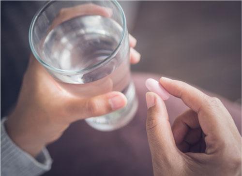 Antibiotik diberikan pada penderita bronkitis jika memiliki risiko komplikasi