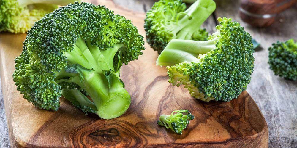 Brokoli mengandung vitamin K yang baik untuk perkembangan tulang