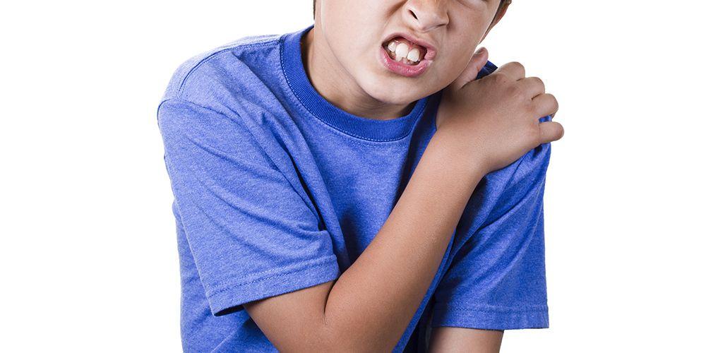 Tas sekolah anak yang berat dapat berdampak buruk bagi kesehatan anak