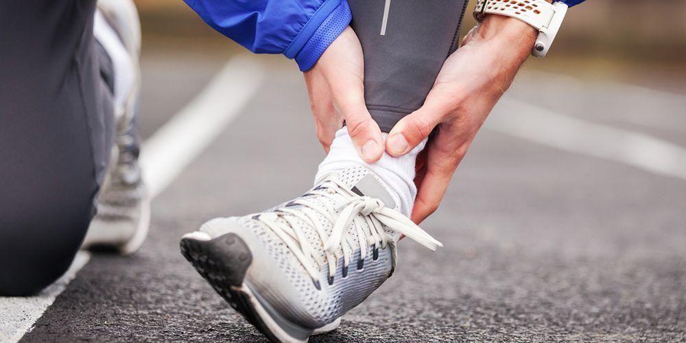 Cedera kaki bisa menyebabkan kaki bengkak