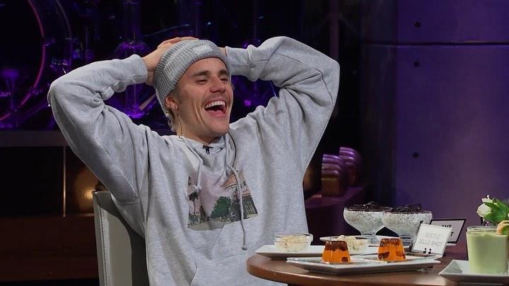 Justin Bieber adalah artis yang ikut menyumbang melawan virus coronaberikutnya