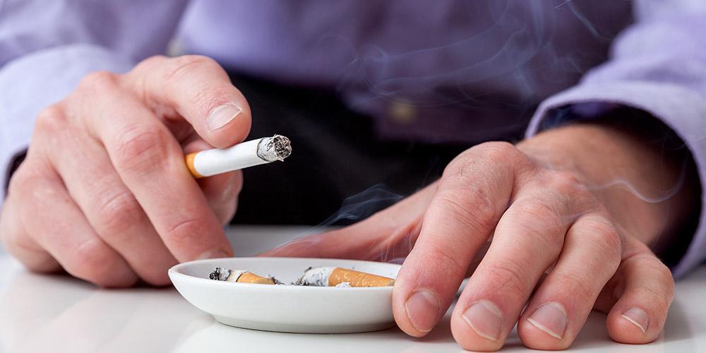 Merokok adalah pemicu utama kanker paru-paru