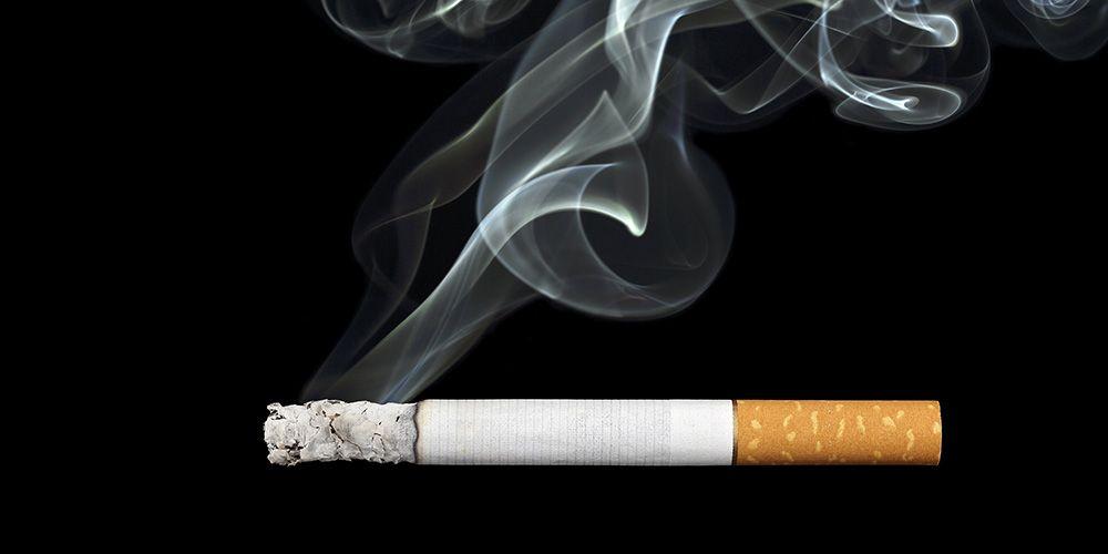 Kebiasaan merokok adalah penyebab utama kanker paru-paru