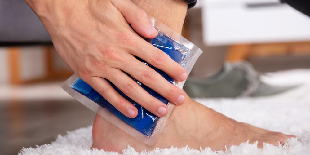 Mengompres dengan air es dapat mempercepat penyembuhan ligamen