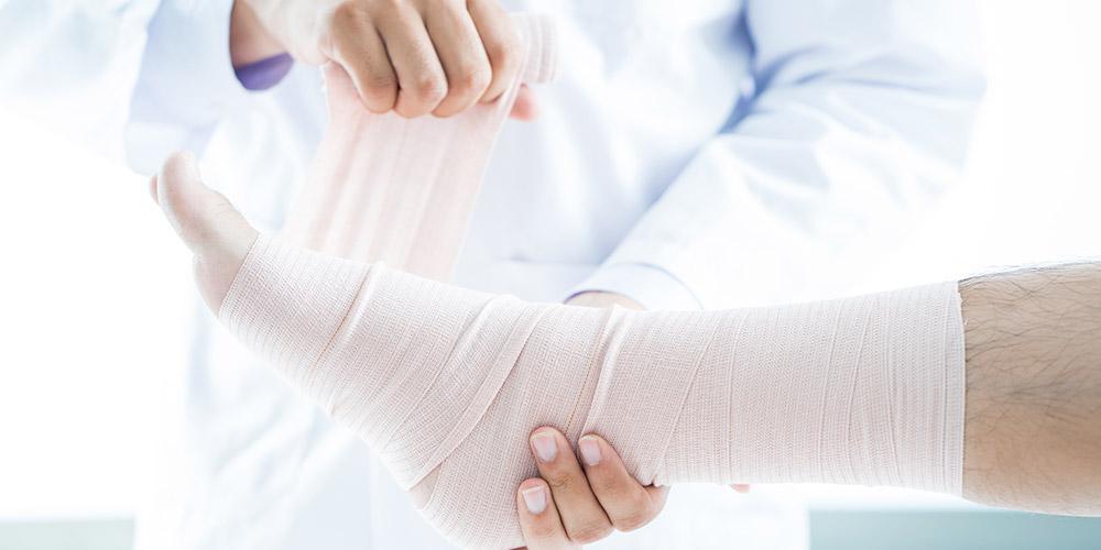perban kaki dapat membantu mengatasi kaki keseleo