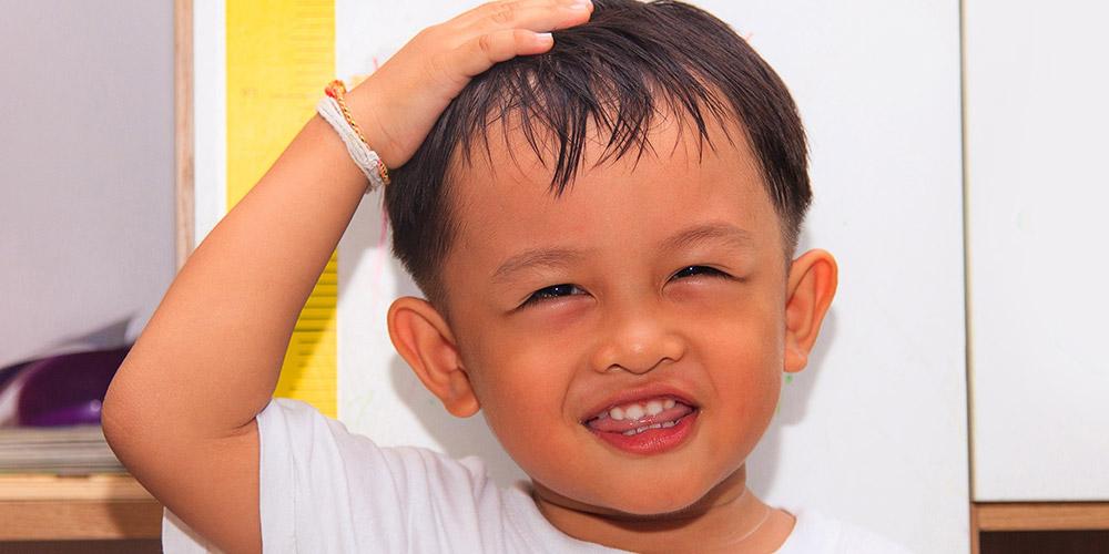 Tubuh pendek pada anak adalah gejala dari stunting