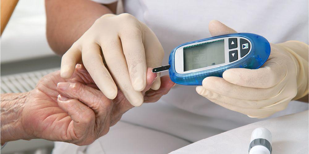 Penderita diabetes rentan terhadap gusi berdarah