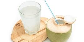 Air kelapa dapat membantu menghidrasi ibu hamil