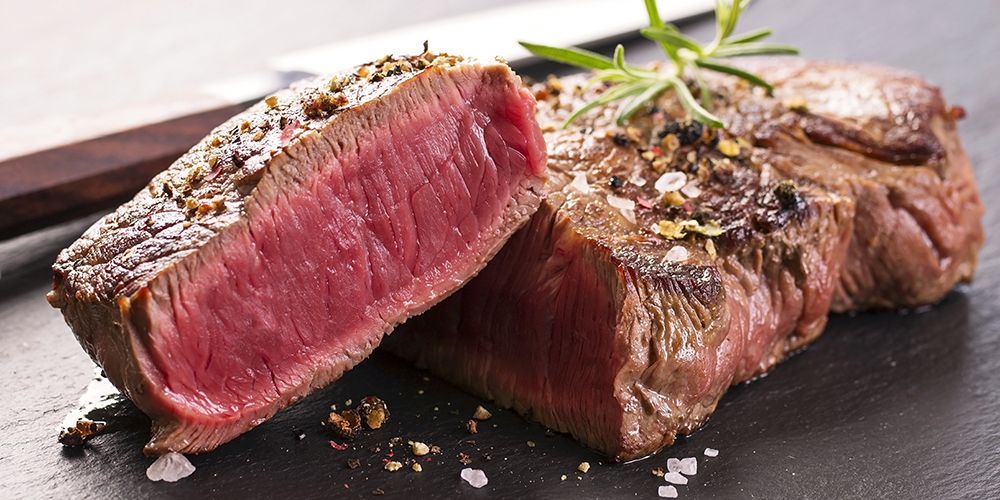 steak adalah contoh makanan yang mengandung 1000 kalori