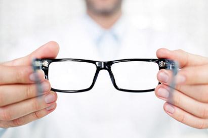 Gangguan pada mata juga bisa merupakan tanda dari penyakit lain