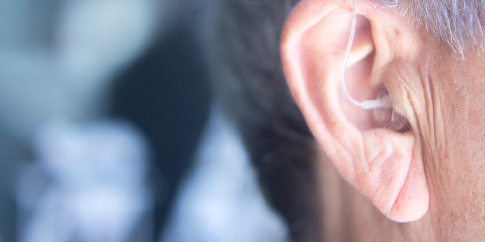 Alat bantu dengar untuk atasi tinnitus