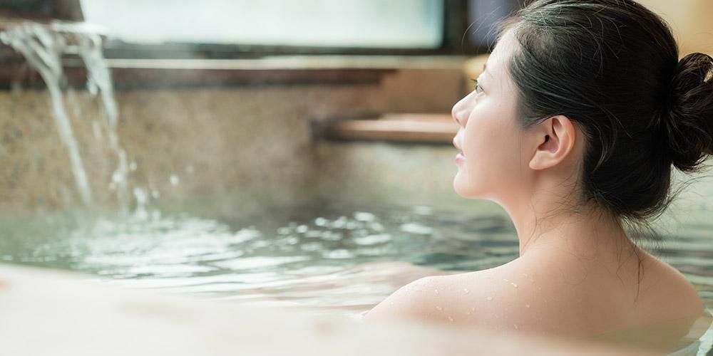 Rutin berendam air hangat dapat meringankan gejala kista bartholin