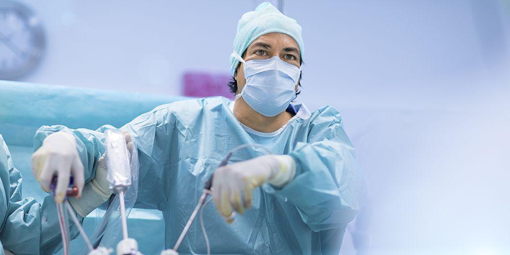 Operasi terbuka dan laraskopi dapat menangani turun berok