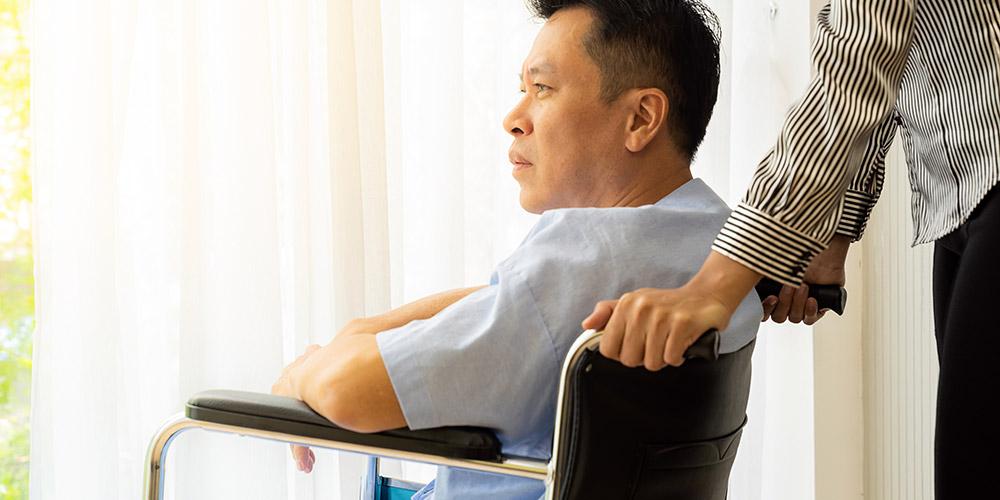 Usia tua lebih rentan untuk terkena multiple sklerosis