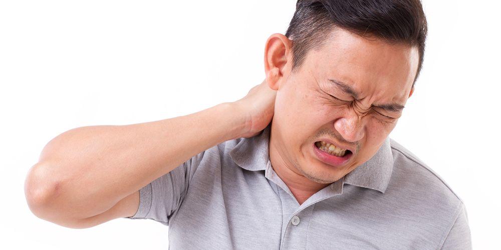 Sakit leher pada lansia adalah gejala dari spondilosis servikal
