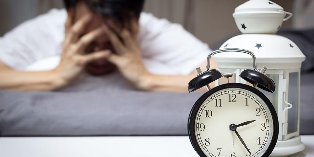 Posisi tidur tengkurap dan menyamping dapat menjadi penyebab sleep paralysis atau kelumpuhan tidur.