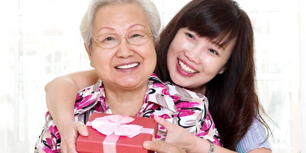 Manfaat pelukan orangtua dan anak