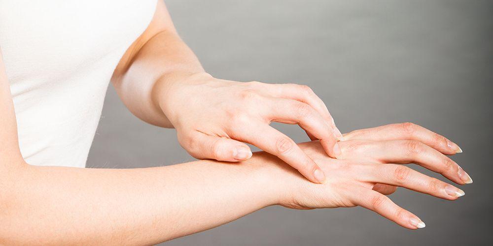 Gatal pada telapak tangan, sisi jari