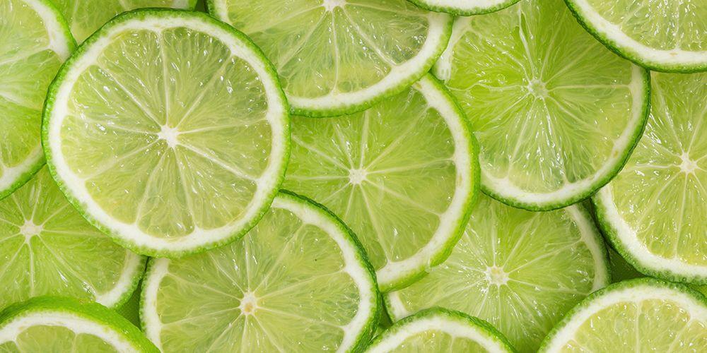Jeruk nipis adalah tanaman obat-obatan yang mengandung vitamin C dan antioksidan