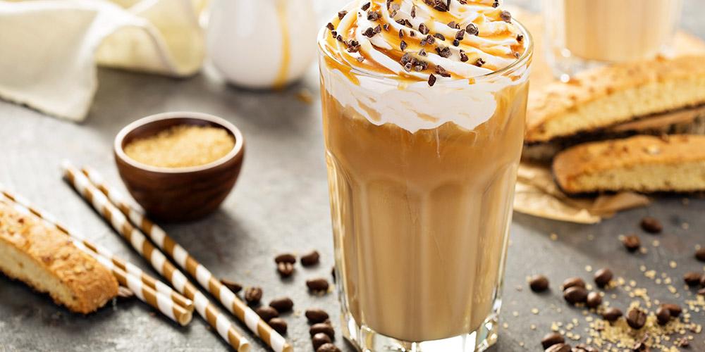 Salah satu tips diet saat puasa adalah menghindari makanan dan minuman manis