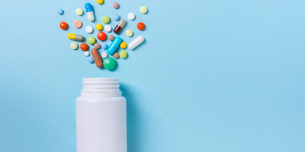 Obat-obatan merupakan salah satu cara mengatasi kolesterol