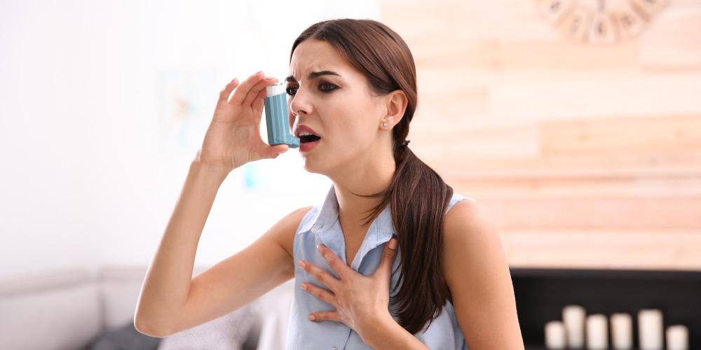 Orang yang sakit asma biasanya membutuhkan alat bantu pernapasan