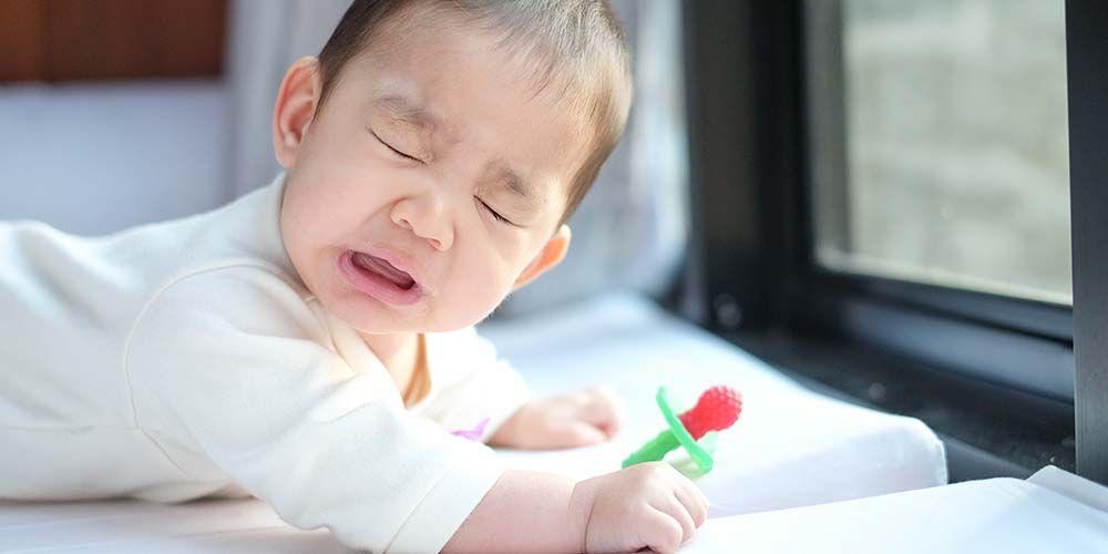 Bayi sering bersin bisa jadi tanda ia sedang mengalami infeksi saluran pernapasan