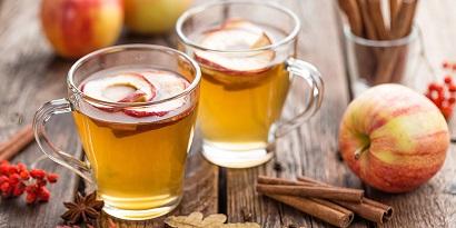 Cuka apel adalah pilihan obat tipes alami lainnya