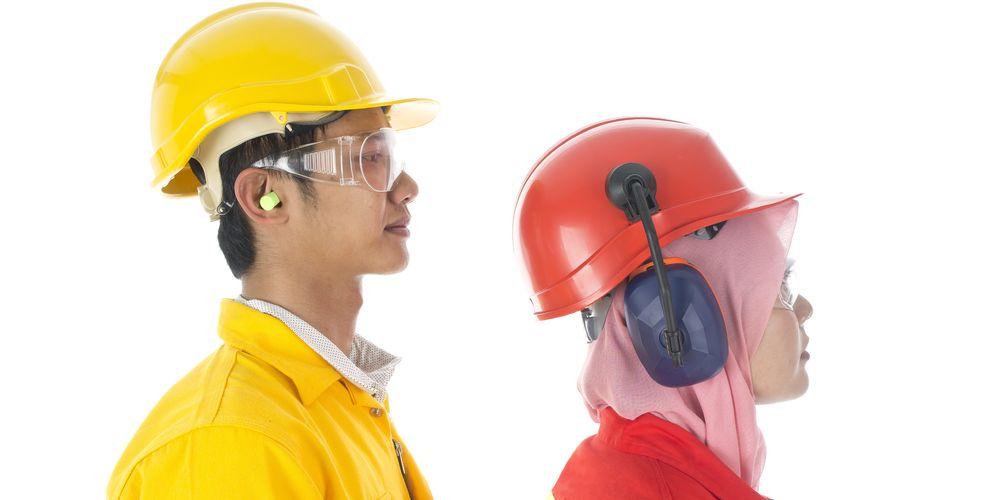 Alat pelindung diri harus digunakan agar terhindar dari cedera
