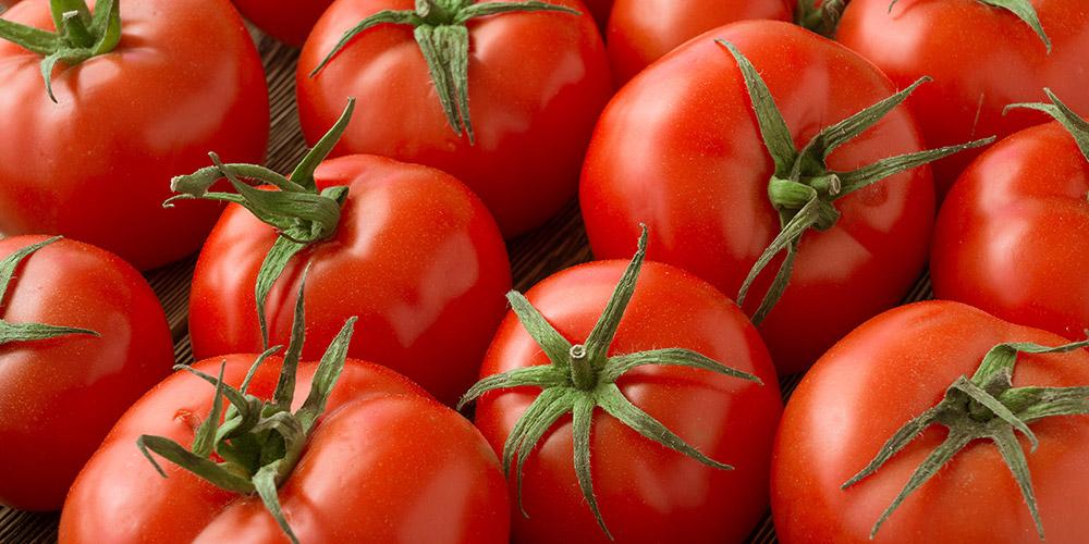 Bahaya makan tomat mentah adalah gangguan pencernaan