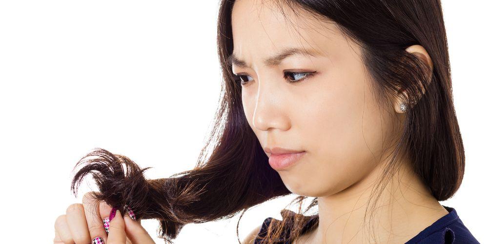 Manfaat minyak kelapa untuk rambut dapat melindungi dari kerusakan rambut