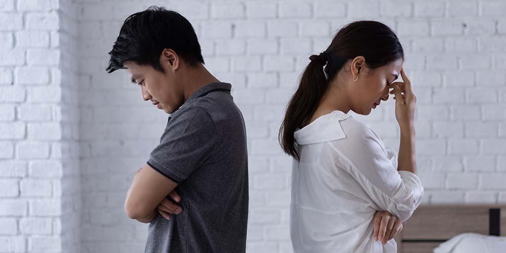 Suami istri bisa bertengkar karena kebohongan