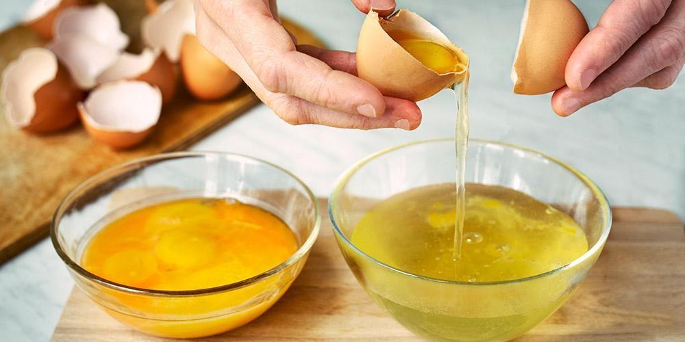 Putih telur dan lemon bisa menjadi pilihan masker alami untuk kulit berminyak