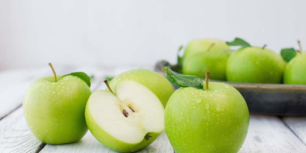 salah satu manfaat kulit apel adalah mengandung banyak serat