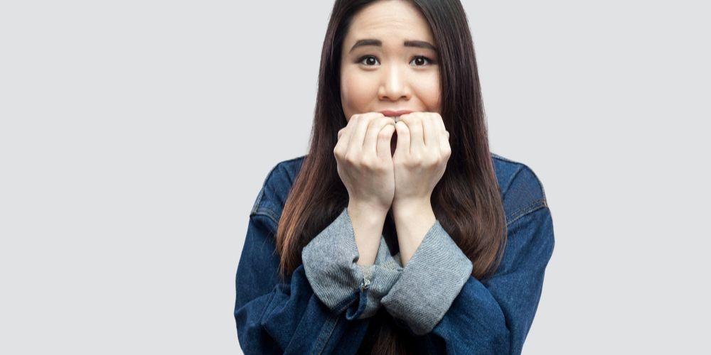 Salah satu ciri fobia sosial adalah rasa takut berlebihan