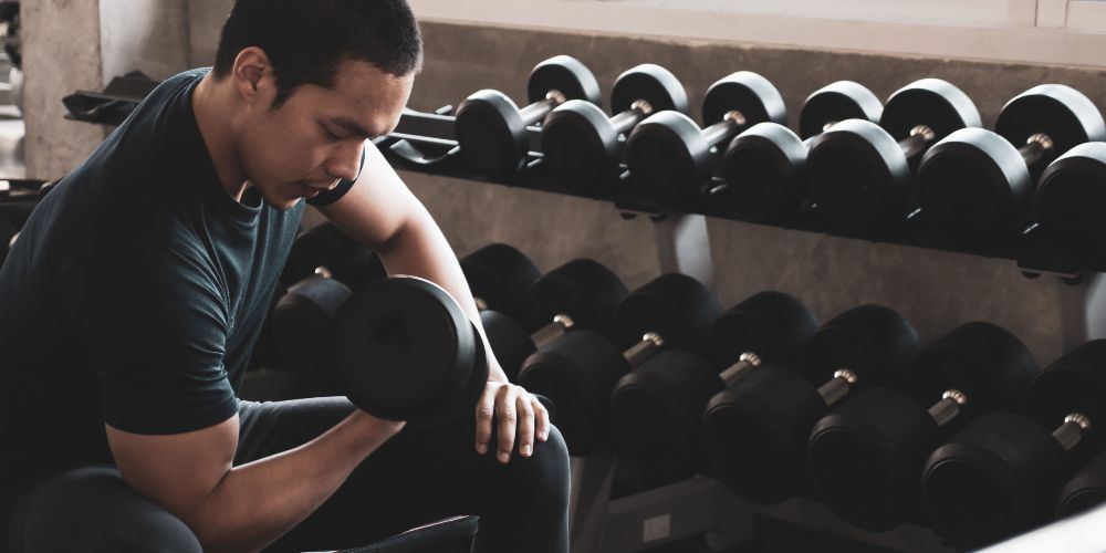 6534 20200408 Olahraga Gym untuk Pemula FA MY RU%201 - 8 Tips Gym untuk Pemula