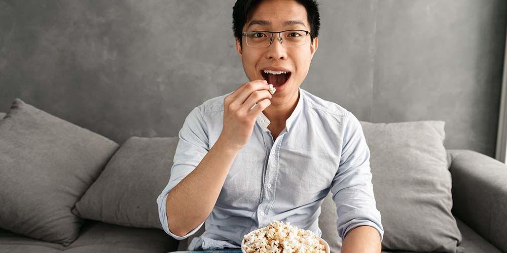 Popcorn menjadi makanna penyebab vertigo kambuh