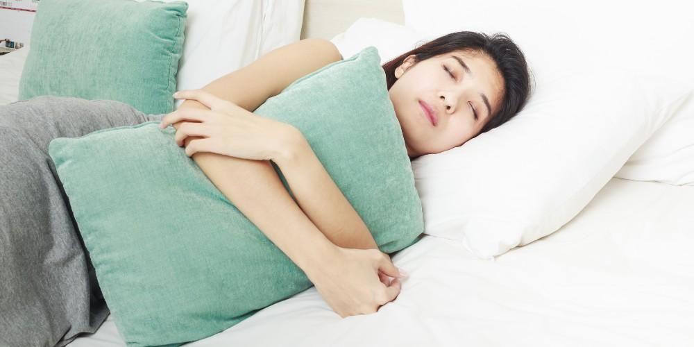 Tidur yang cukup, salah satu cara diet alami