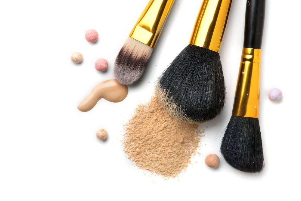 Menentukan tekstur foundation yang bagus adalah hal yang penting